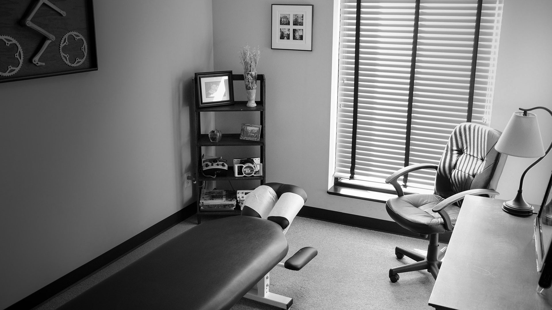 chiropractice-treatment-room-athens